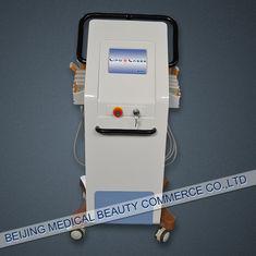 চীন 200MW 650nm Laser Liposuction Equipment , diode laser lipo machine সরবরাহকারী