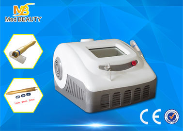 চীন 30W High Power 980nm Beauty Machine For Medical Spider Veins Treatment পরিবেশক